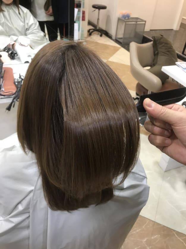 クセ毛の悩み コンプレックスを改善するために知っておきたい縮毛矯正とは?
