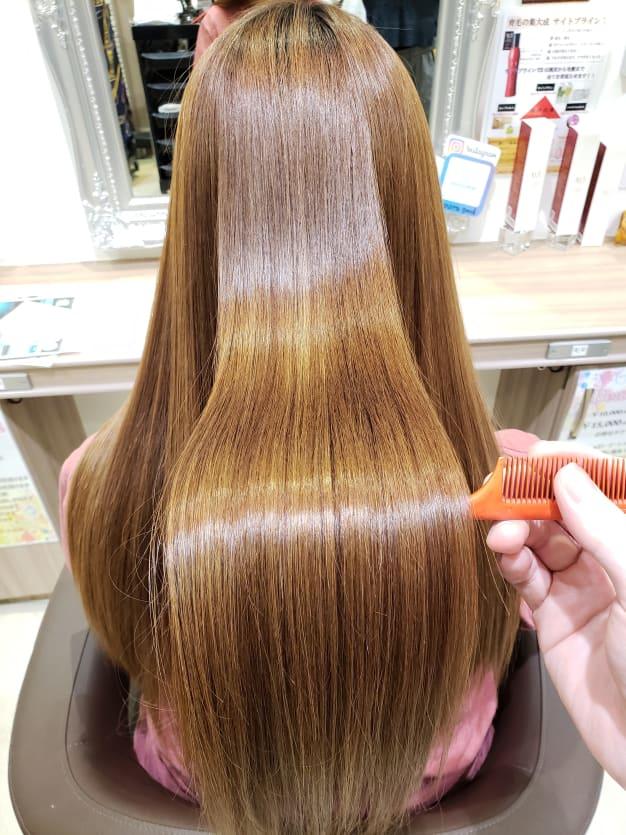 【お悩み解決】髪の癖をよくするには縮毛矯正!?酸熱トリートメント!?