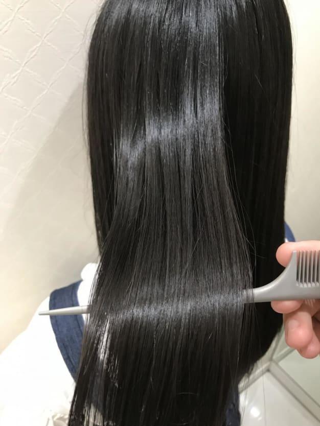 【縮毛矯正と毎日ヘアアイロン】髪にいいのはどっち?