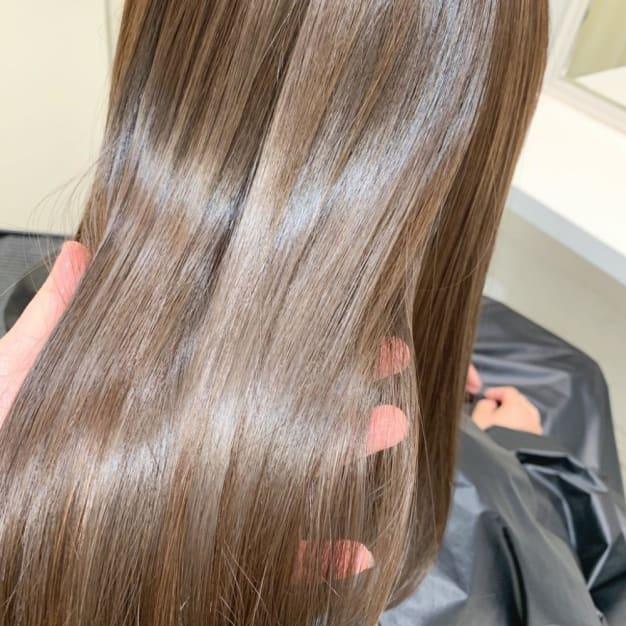 スペシャルな髪質改善トリートメントをご紹介します。