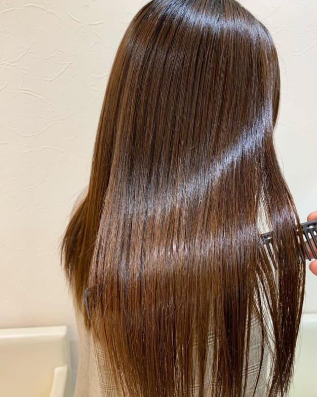 髪質改善特化サロンの縮毛矯正