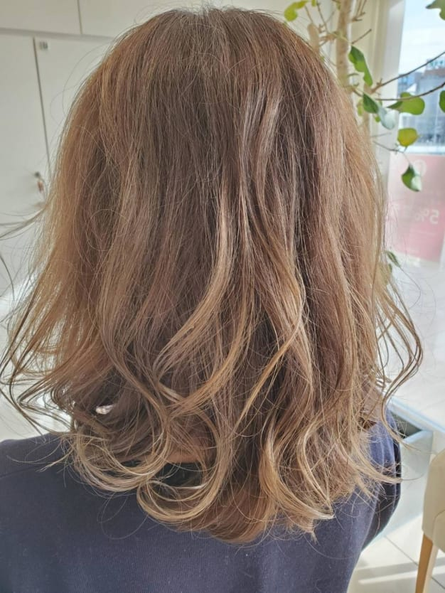 白髪染めを使わずに白髪を染める方法って?