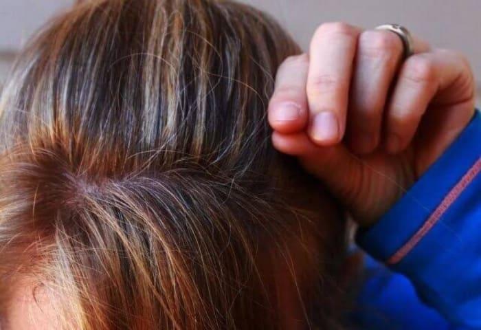 特に気になるのは顔まわりとトップ部分の白髪。。
