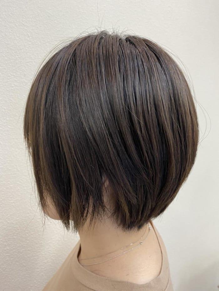 硬い髪→柔らか質感! 髪質が変わって見える!