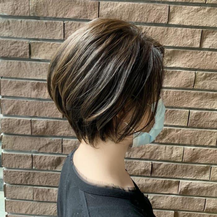 【前下がり】のヘアスタイルとは??