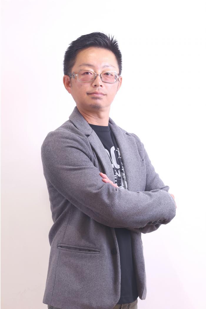 佐野 泰宏