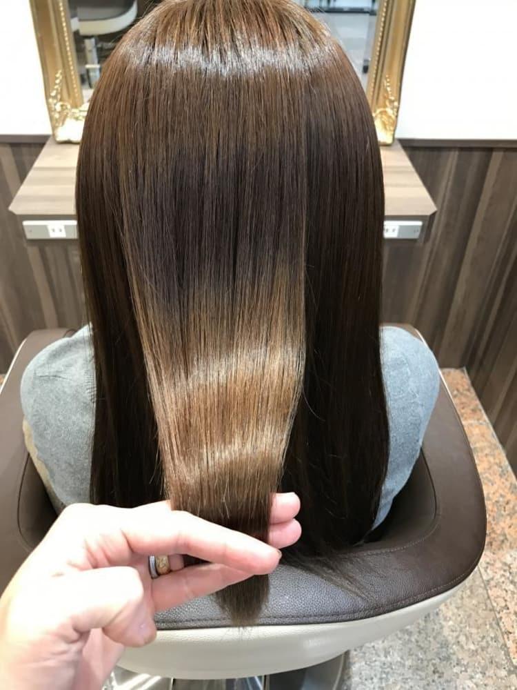 縮毛矯正ハードのロングスタイル|サブ写真②