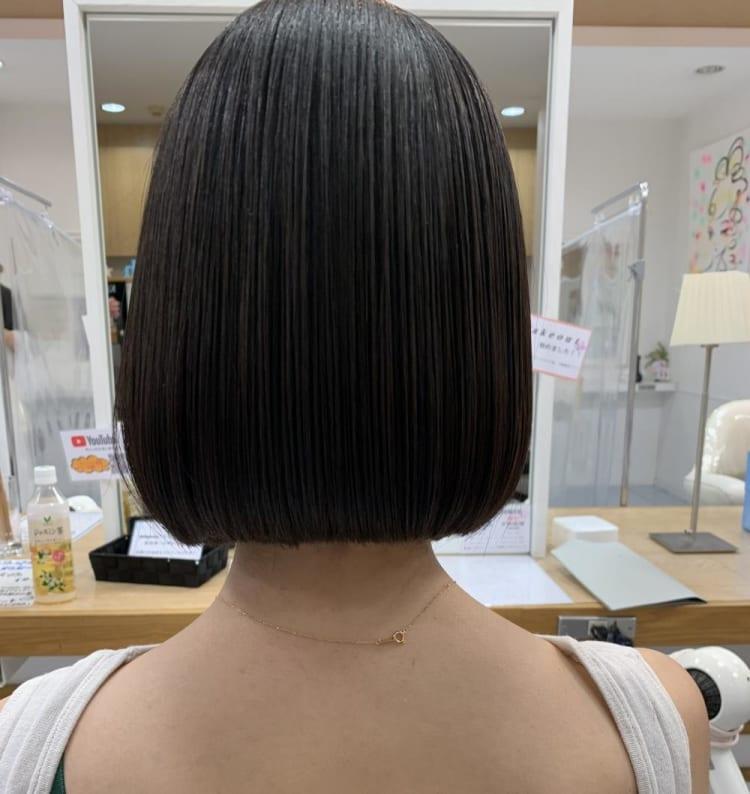 【首が綺麗に見える】ミニボブ|メイン写真