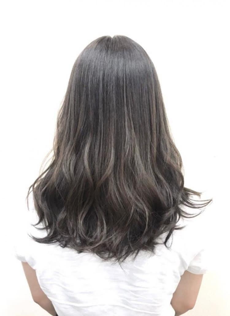 白髪も染まる、イルミナカラーで透明感仕上がり|メイン写真