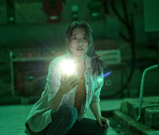 Hotel Lake / Lingering (Korea 2020) - Movie Review