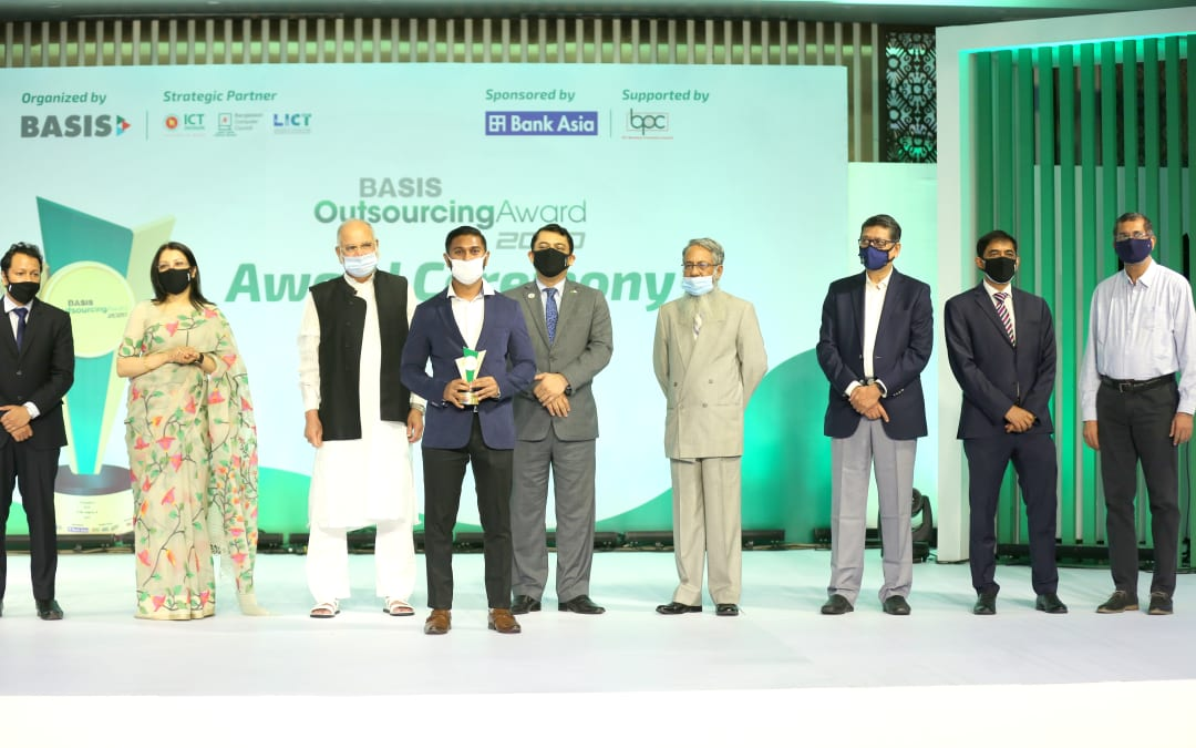 Astha IT wins BASIS Outsourcing Award 2020