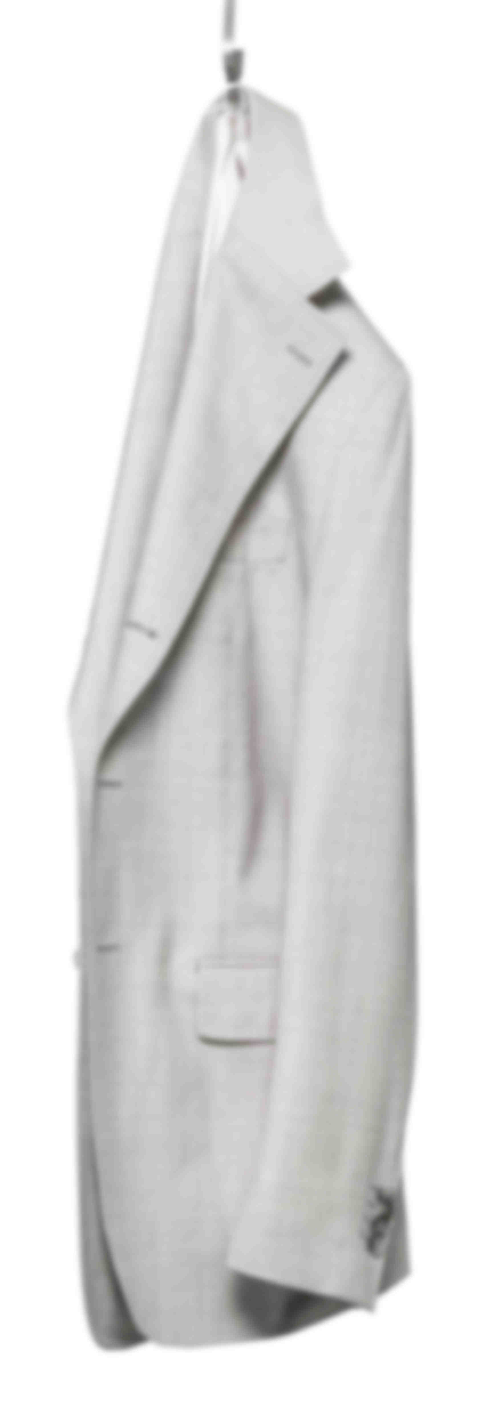 Veste déconstruite grise claire Atelier Mesure suspendue