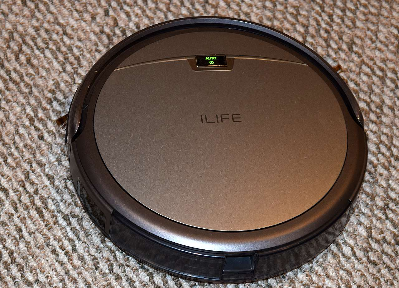 ILIFE A4 – Roomba Knockoff