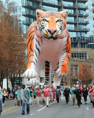 Children's Christmas Parade in Atlanta - Balloon Tiger