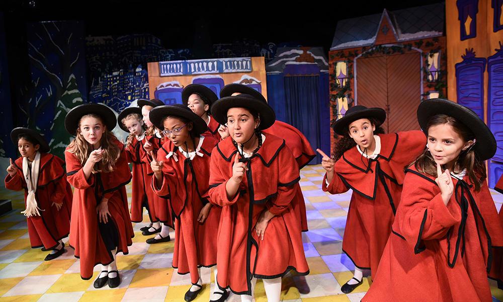 Madeline's Christmas_Horizon Theatre_Atlanta Georgia.jpg