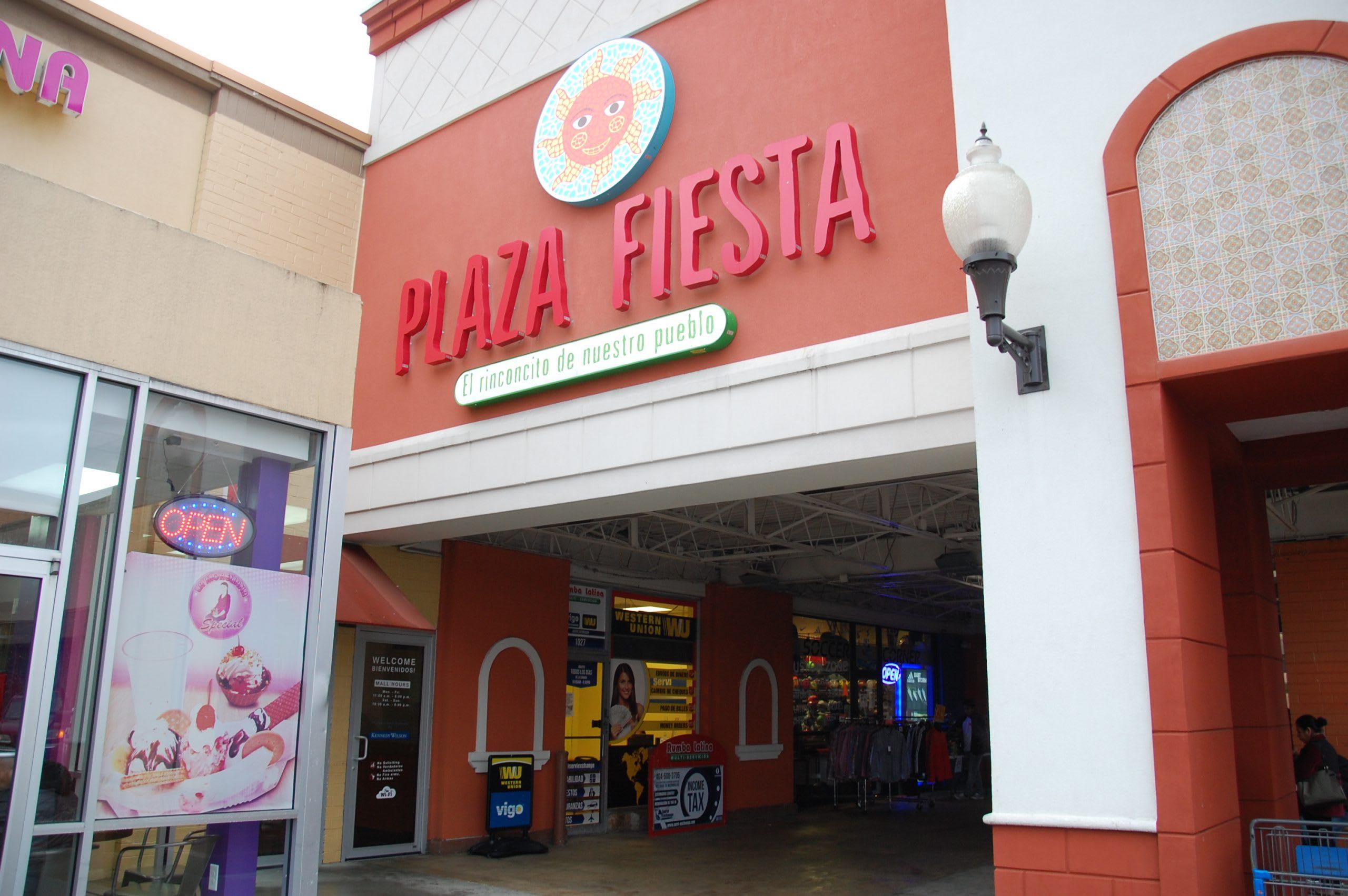 Plaza Fiesta