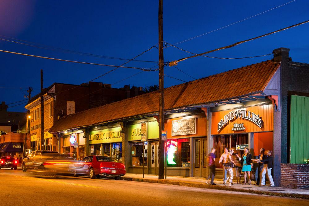 Virginia Highland restaurants and bars