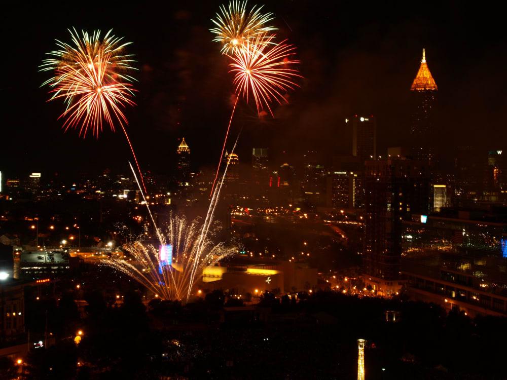 INDEPENDENCE DAY FIREWORKS LIGHT METRO ATLANTA SKIES July4 1 scaled