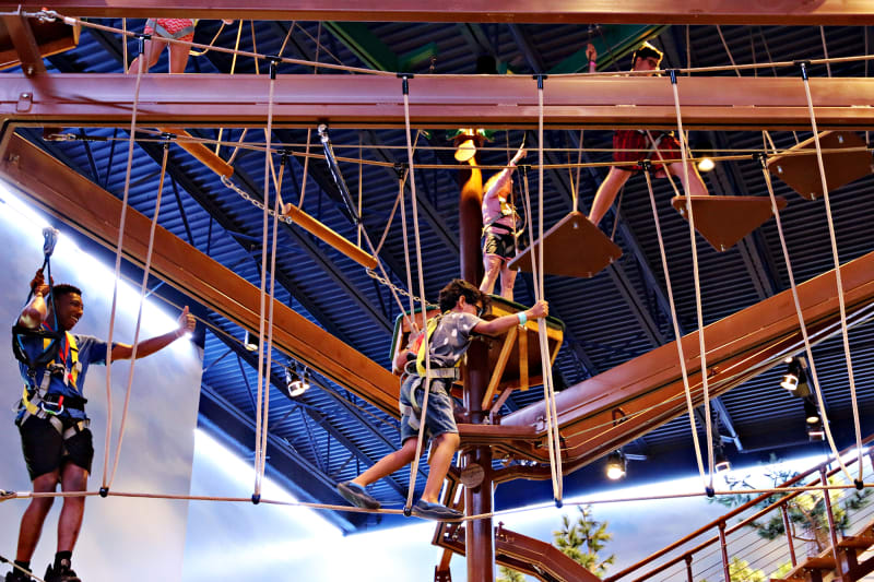 Kids on the rope course at Great Wolf Lodge LeGrange/Atlanta.