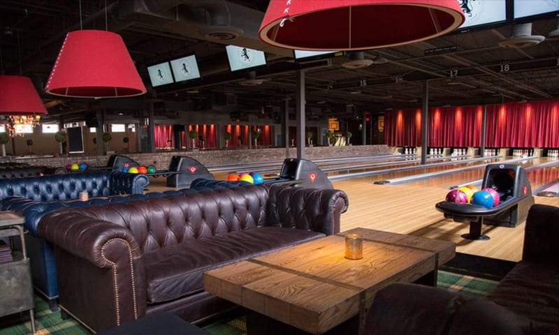 The Painted Pin, in Atlanta, Georgia, offers cozy sofas for players to sit in, a coffee table and ambiance as they bowl.
