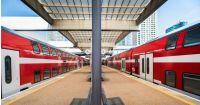 תושבי השרון דורשים נסיעה ישירה לתל אביב בלי צורך להחליף רכבת בתחנת הרצליה