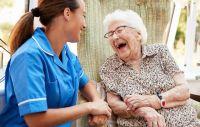 בדיקות רקע למטפלים בקשישים