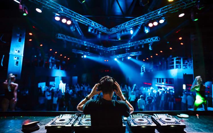 Professionelle DJ`s aus Bielefeld buchen