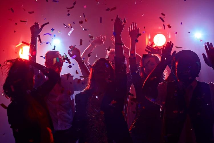 DJ in Herford heizt deine Party auf, finde den richtigen