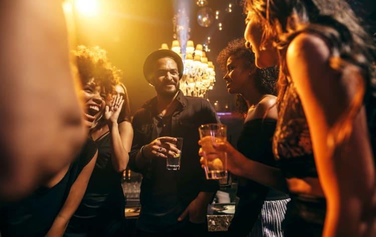 Deine Party mit dem besten DJ in Minden steigen lassen