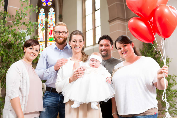 Ob Taufe, Trauung oder Geburtstag, hier findet ihr erfahrene Fotografen