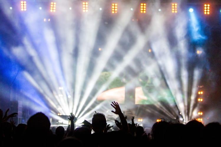 Sorgt mit visuellen Highlights für mehr Stimmung während eurer Show