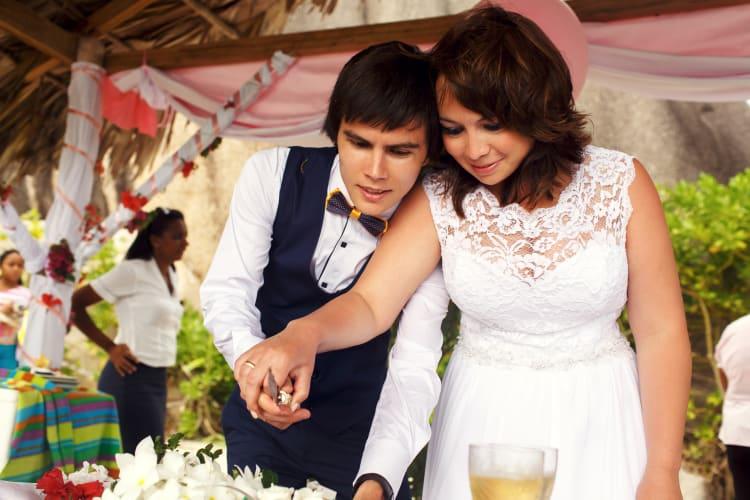 Der perfekte Song zum Anschneiden der Hochzeitstorte