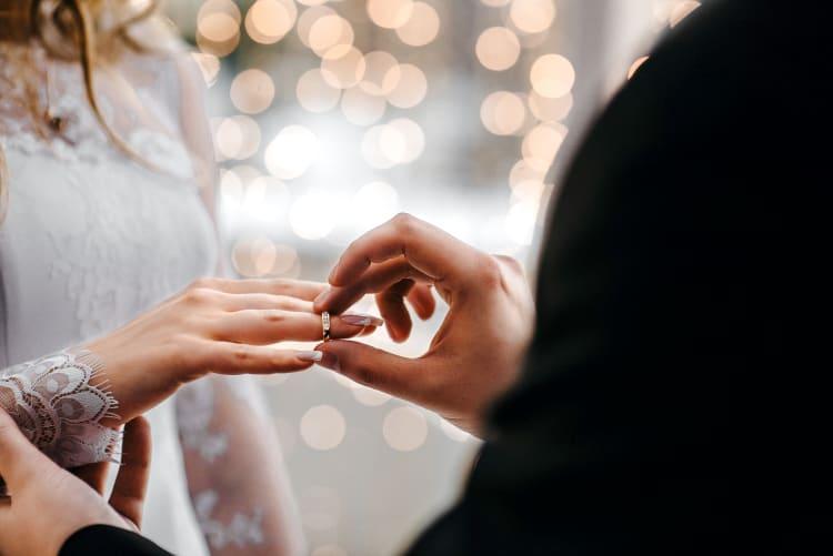 Mit einer Veröffentlichung einer Fotoserie in der Fachpresse erhöht ihr eure Bekanntheit als Hochzeitsfotograf