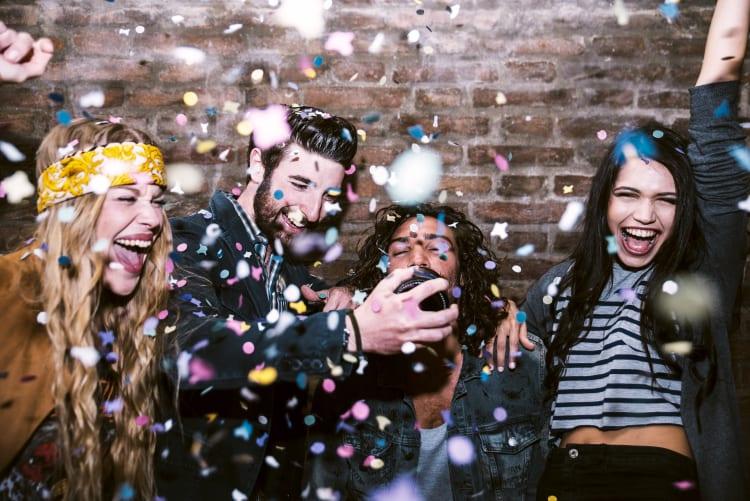 Mit Freunden feiern - zu den besten Coversongs der Welt