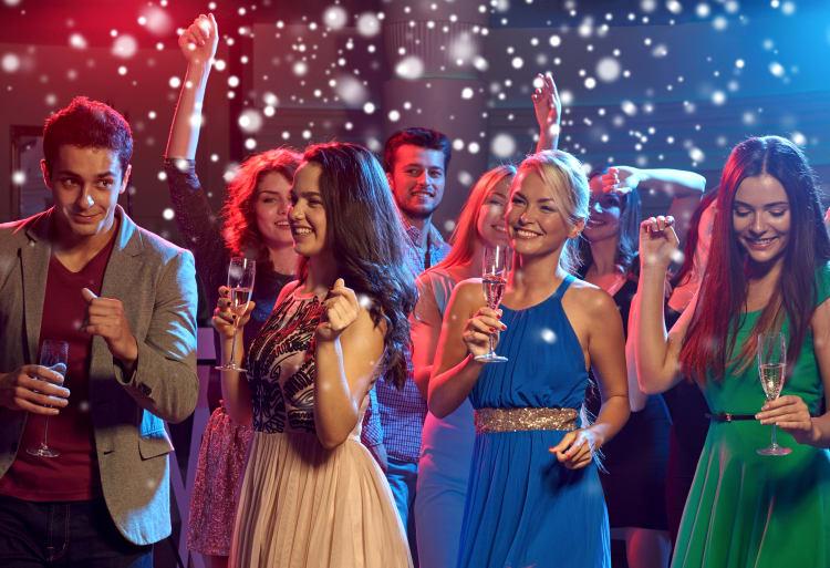 Frühzeitiges buchen lohnt sich, denn gute Hochzeits-DJs sind oft lang im Voraus ausgebucht