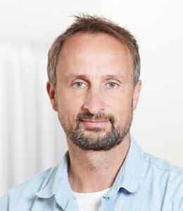 Jesper Almosetoft