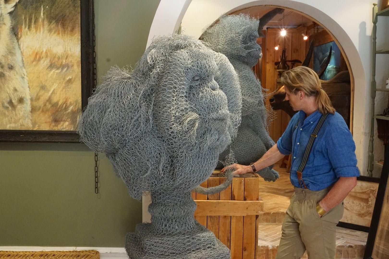 Buste en grillage, Orang Outan, sculpture, Aurélien Raynaud, peintre sculpteur animalier