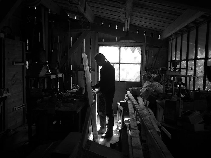 Aurélien Raynaud, peintre sculpteur animalier, atelier bois