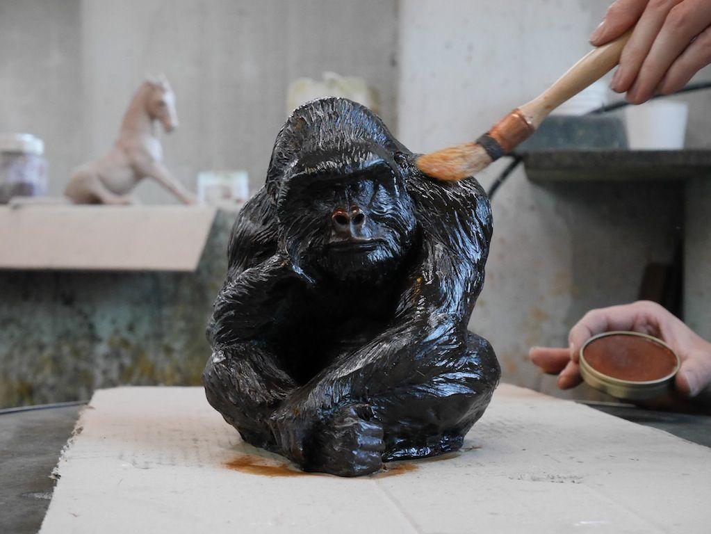 Gorille, sculpture en bronze, Aurélien Raynaud, peintre sculpteur animalier