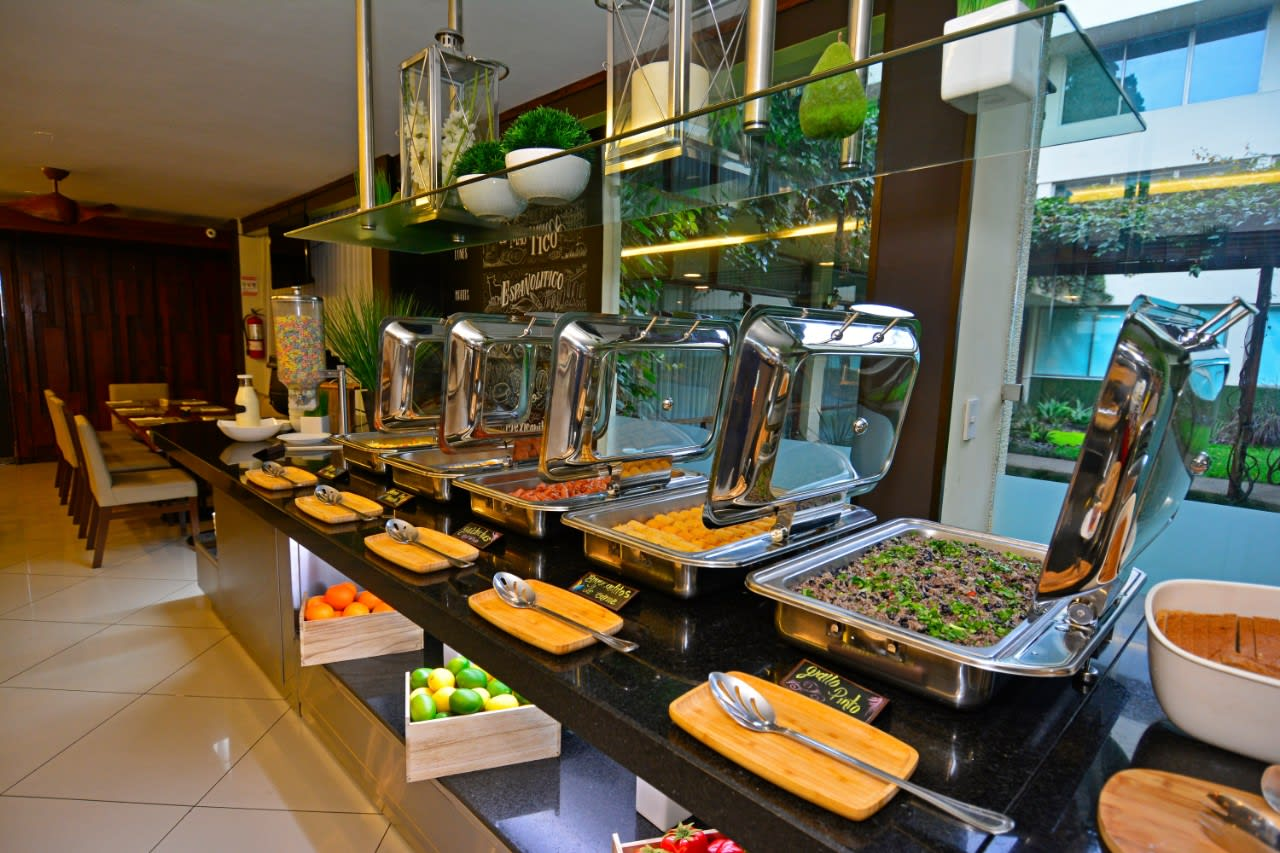 buffet hotel sabana cr
