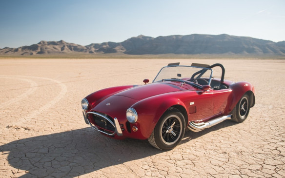 <p>Carroll Shelby's Cobraprototype, CSX 2000, sold for $13.75-million - a new record for an American-built car - so this1965 Shelby 427 Cobra, CSX 3178, seemed likea relative bargain for just $1,3750,000 (USD).</p>