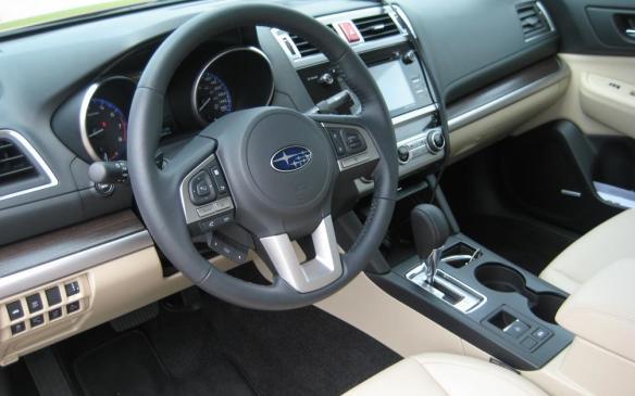 2015 Subaru Legacy - steering wheel and instrument panel