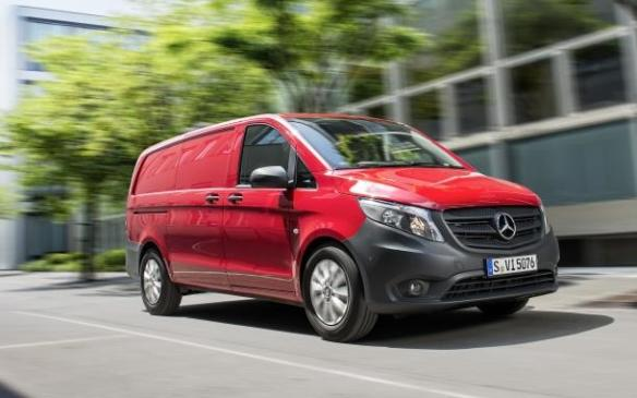 Read auto news new mid size mercedes van coming to canada for Mercedes benz mid size van
