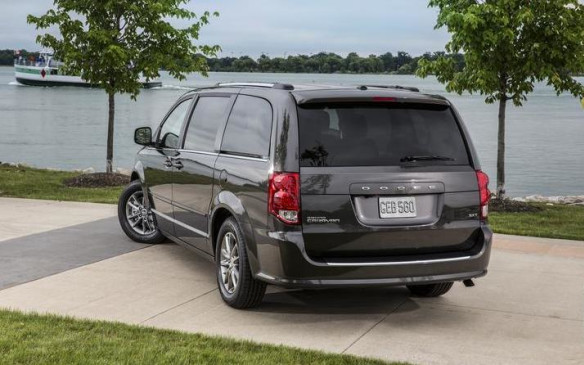 <p>Grand Caravan sales fell by 9.3% to 46,927 units in 2015, pushing it down to eighth place overall, behind the Hyundai Elantra and Toyota Corolla.</p>