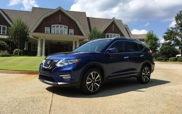 Car Photo 2017 Nissan Rogue gets more sophisticated ...
