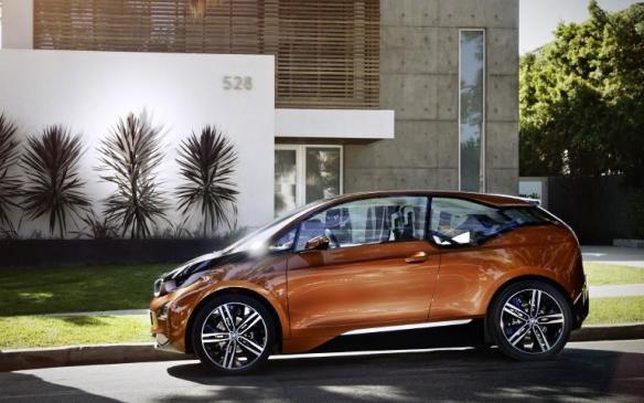 Read Auto News Bmw Unveils Production I3 Electric Vehicle