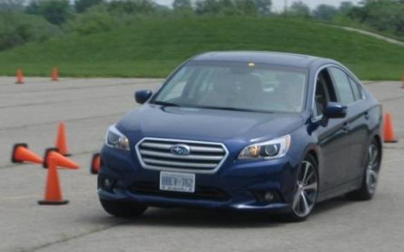 2015 Subaru Legacy - front 3/4 view motion
