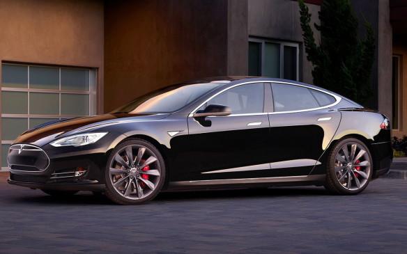<p>Tesla Model S P90D</p>