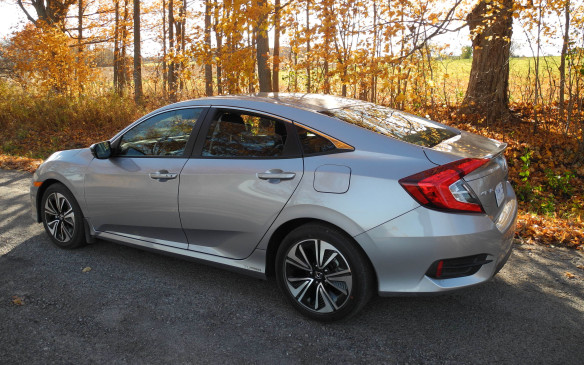<p>While 64,950 new Civics were sold in Canada in 2015, almost all built in this country, that figure was down 1.7% from 2014.</p>