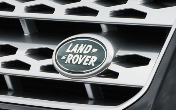 <p>Land Rover's top rank as Premium manufacturer is its second consecutive win. Consumer demand has increased following lineup expansion and the enhancement of luxury amenities, and this year earned it two segment wins.</p>